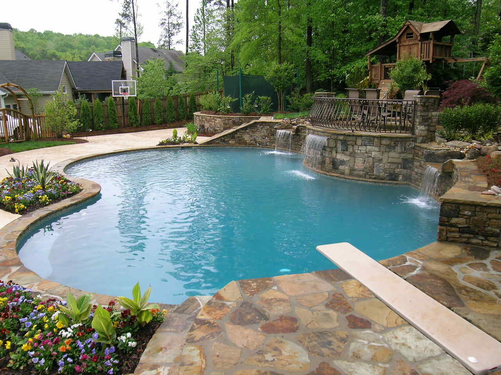 Renting Your House with a Pool
